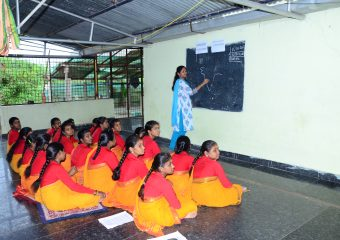 Vedic Classes at Veda bharathi Peetham.